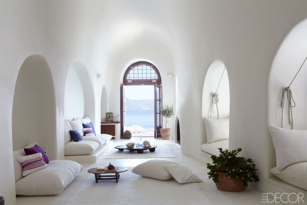 SANTORINI LIVING ROOM