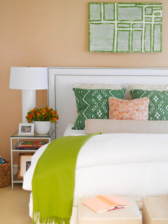 emerald and peach bedroom