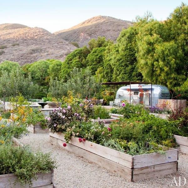 Dempsey Garden - Architectural Digest