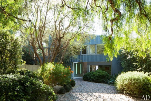 Tin House - Originally Designed by Frank Gehry - Architectural Digest