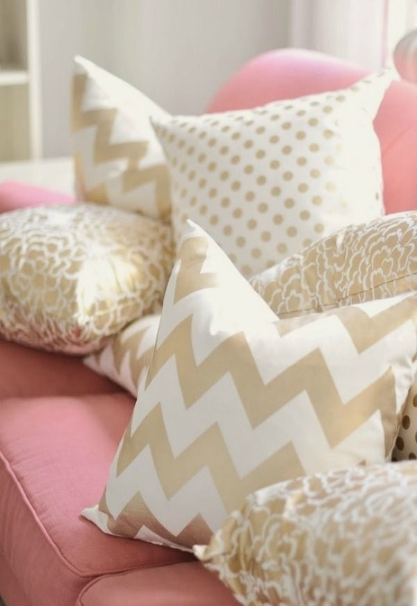 blush and gold - color scheme
