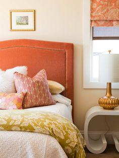 vintage citrus tone bedroom