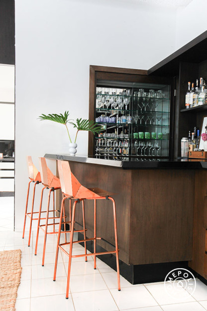Homepolish Kelly Oxford's Bar