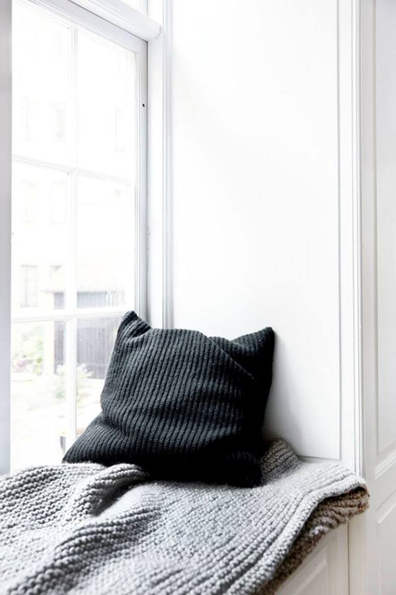 minimal-window-seat-nook-norm-architects